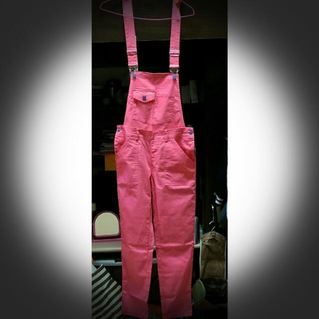 馬卡龍粉色吊帶長褲