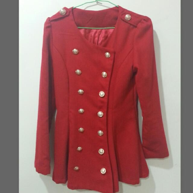 紅色排扣軍外套