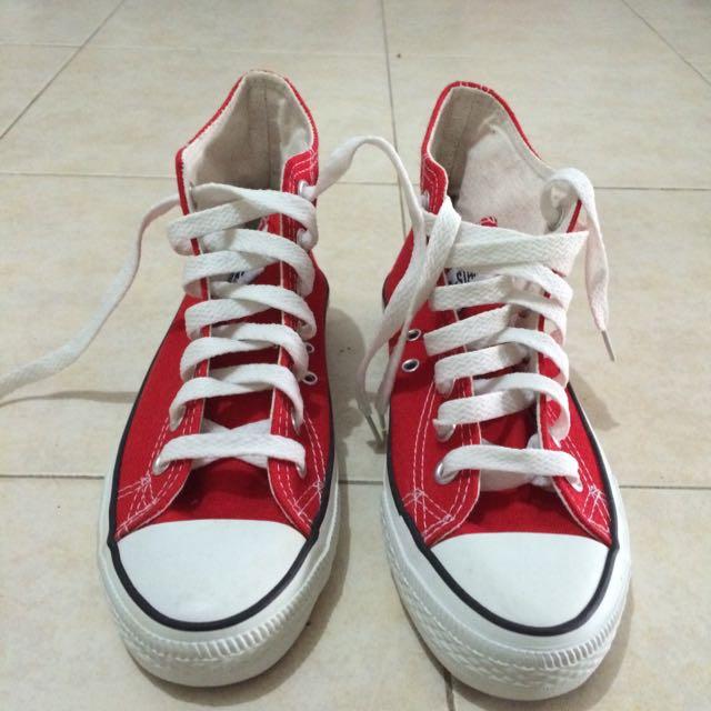 38607e52df51b1 Red High Cut Converse  Price Reduced