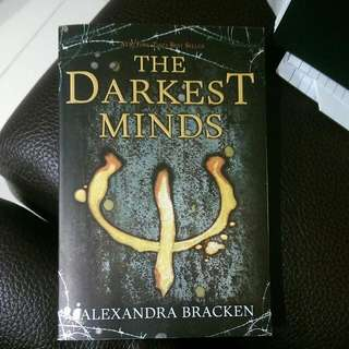 The Darkest Minds (By Alexandra Bracken)