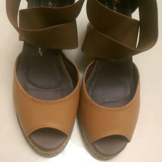 GraceGift 繃帶楔形涼鞋