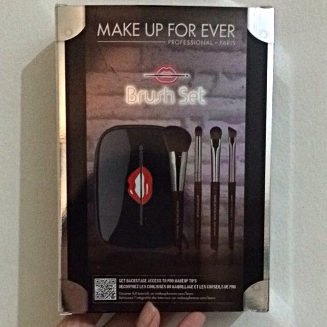 Make Up For Ever Brush Set