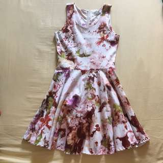 Hollyhoque Floral Dress