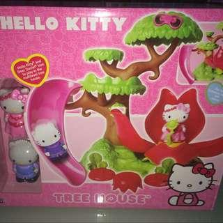 Hello Kitty Tree House