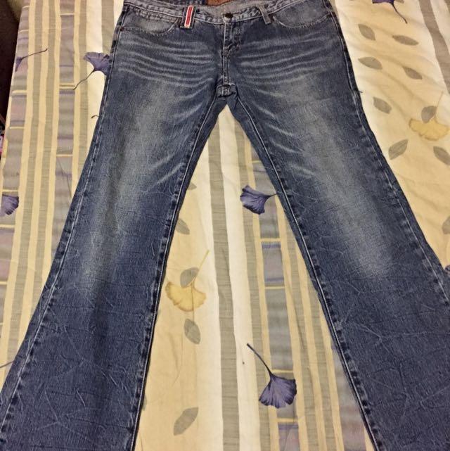 刷白低腰牛仔直筒褲 Size 30-32