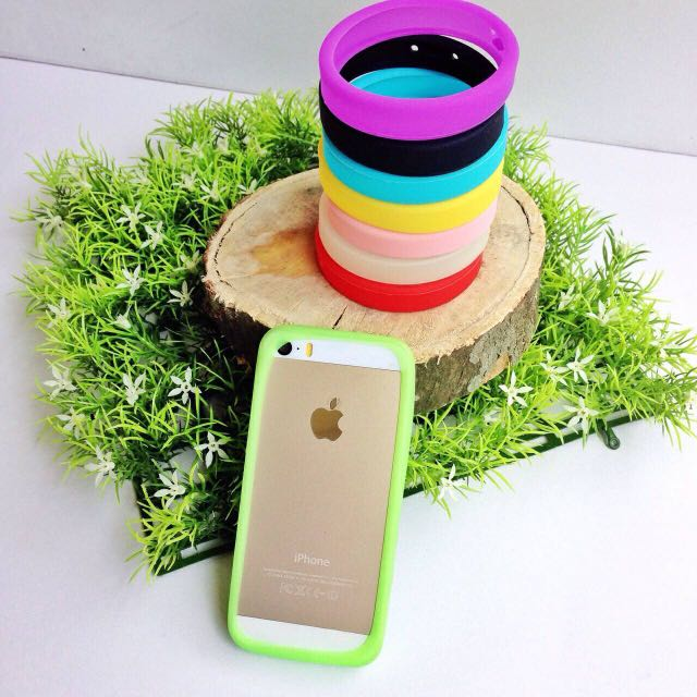 Universal Ring Case