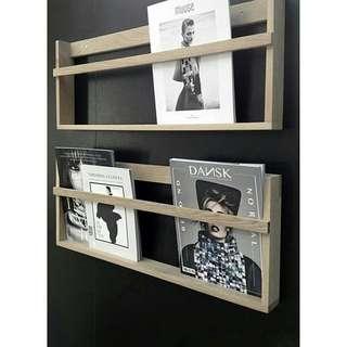 Magazine rack / rak majalah