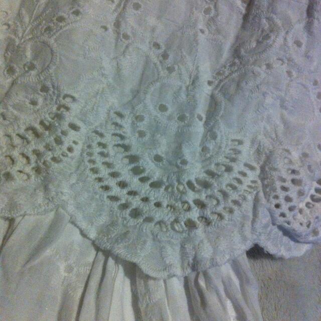 純白 小洋裝