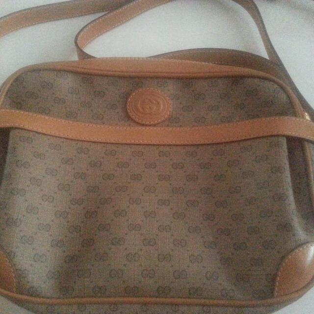 87dcf246f13 Authentic Vintage Gucci Sling Bag