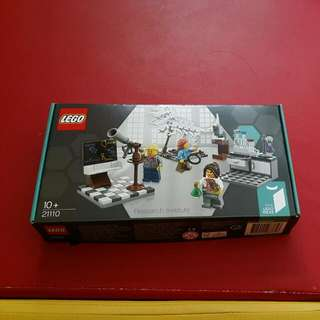(Reserved) Lego 21110 Research Institute