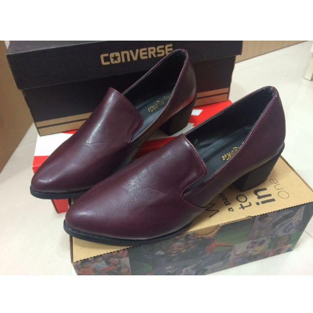復古深紫色尖頭鞋(待匯款)