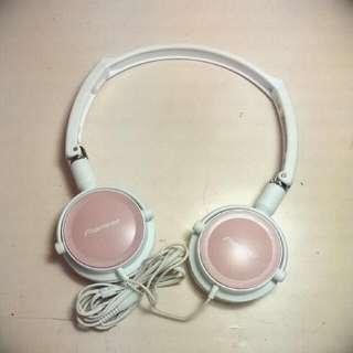 Pioneer耳罩式耳機