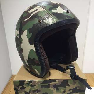 Agnes b Sport b 皮質安全帽