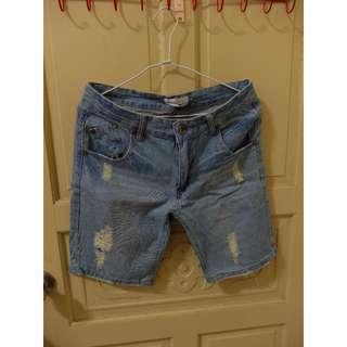 二手 牛仔短褲 (未穿過)