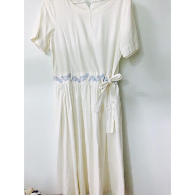 白色長洋裝👗