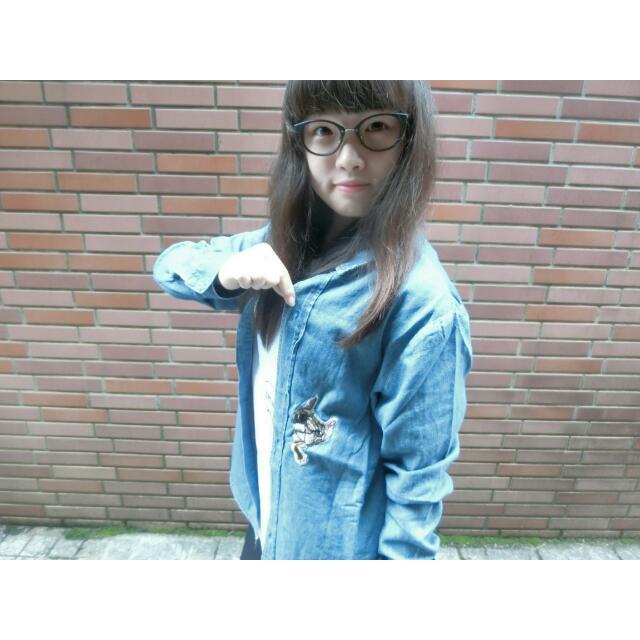 刺繡貓咪襯衫 ( 深藍、淺藍 )