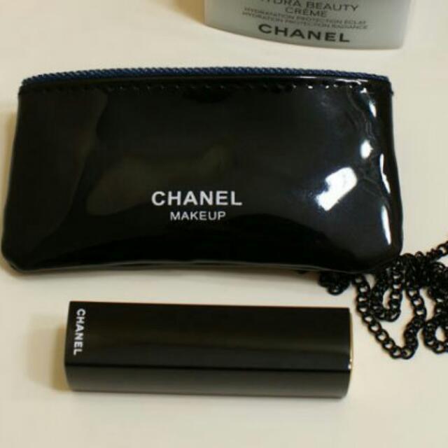 chanel 最新贈品 化妝包 黑色亮面漆皮卡包 迷你鍊條 唇膏口红包
