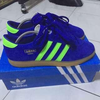 BNWB Adidas BERN
