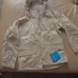 Columbia Women Omni-tech Jacket Sz S - New With Tags