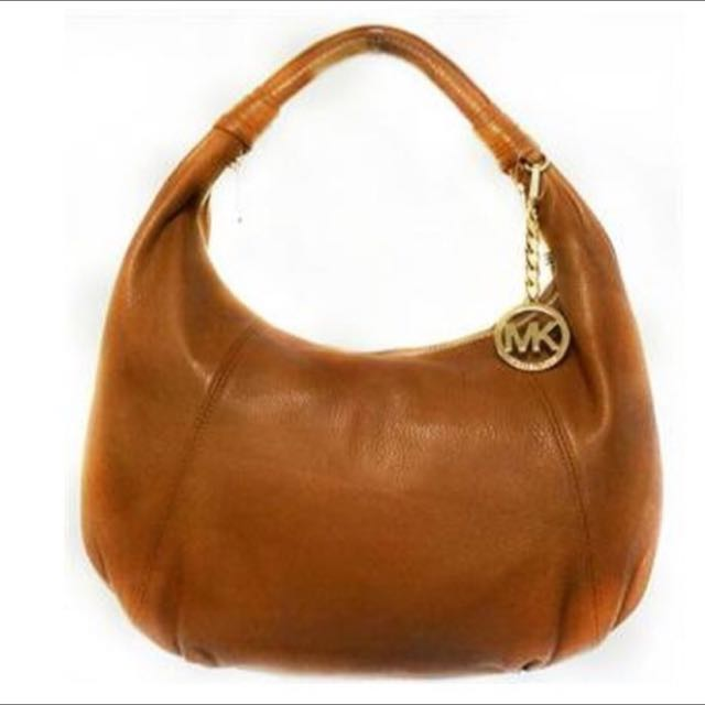35f38ad28553 BN Authentic Michael Kors Hobo Leather Bag