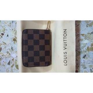 Louis Vuitton N63070