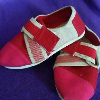 BN Canvas Shoes (Reserved By Obaidurrehman)