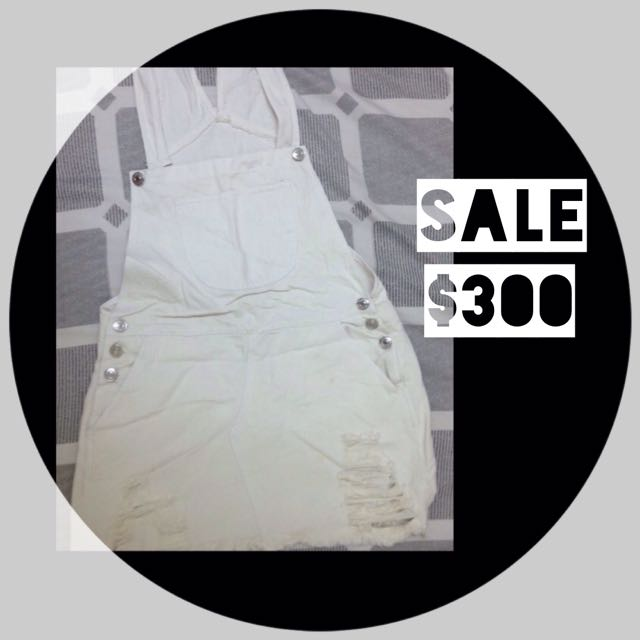 🙋 白色吊帶裙