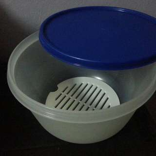 Tupperware Round Canister