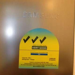 Samsung Fridge 253L
