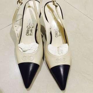 Salvatore ferragamo 尖頭高根鞋