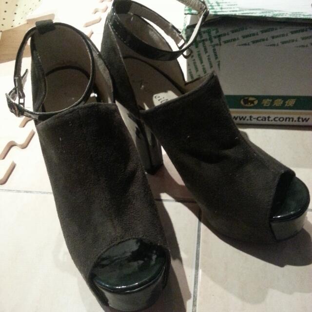 (含運)質感麂皮魚口鞋