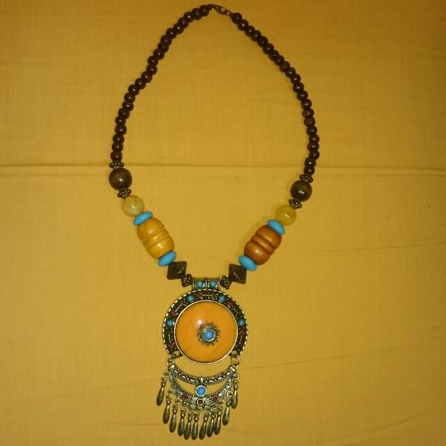 BN BEADED NECKLACE 003
