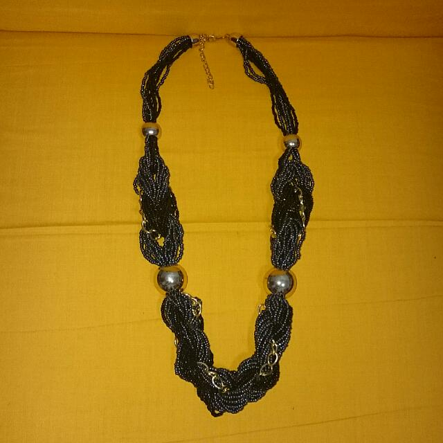 Price Reduces! BN BEADED NECKLACE 001
