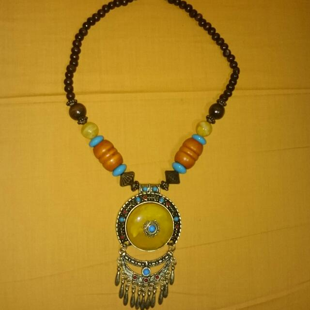 BN BEADED NECKLACE 004