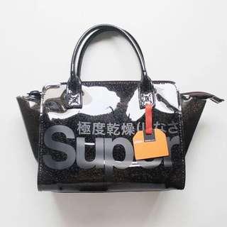 Superdry 極度乾燥 透明黑色閃粉手提包 休閒包