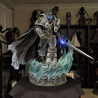 Looking For Sideshow Collectibles Arthas Lich King Statue.