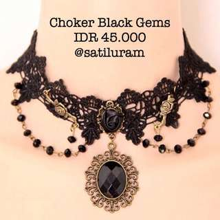 CHOKER / NECKLACE