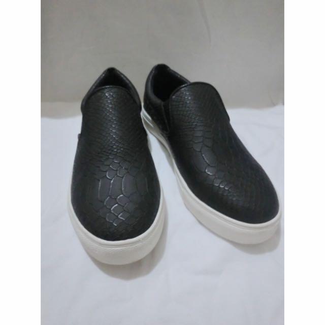 黑色皮革休閒鞋👞