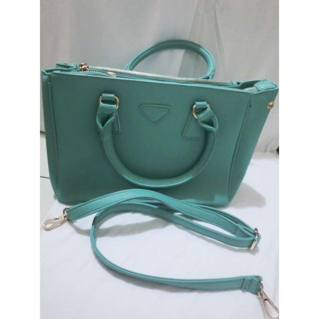 tiffany綠包包👜