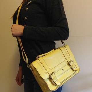 Accessorize 鮮檸黃書包造型側背包