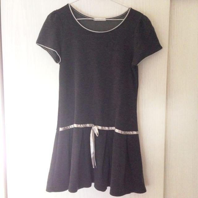 灰色緞帶小洋裝