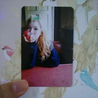 RESERVED [TRADING/SELLING] Red Velvet Wendy Ice Cream Cake photocard