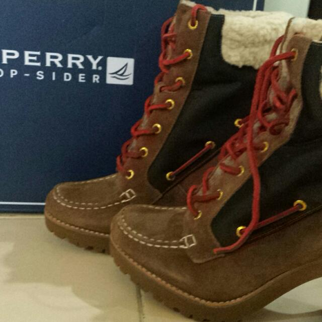 bdd2a6f559f3 sperry top sider boots