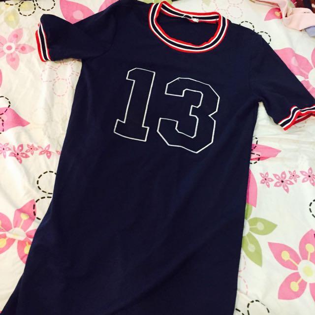 13寬鬆長版連身衣