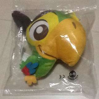 SIA JACK & THE NEVERLAND PIRATES PARROT SOFT TOY/MICKEY MOUSE NOTE BOOK & PEN