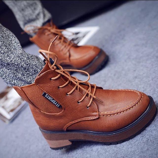 韓系復古圓頭馬丁靴