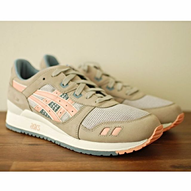 separation shoes cc3f7 2a5a3 Asics Gel Lyte III x Ronnie Fieg 'Flamingo', Men's Fashion on Carousell