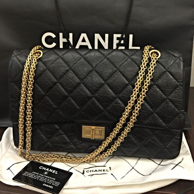 261a799eecd6 Brand new Authentic Chanel 2.55 Flap Bag In Size 227, Luxury on ...