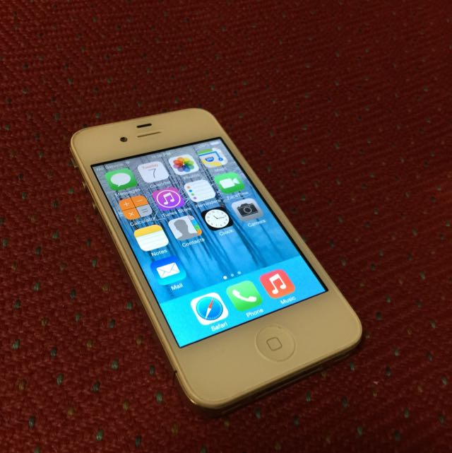 (Reserved) iPhone 4 White 8GB