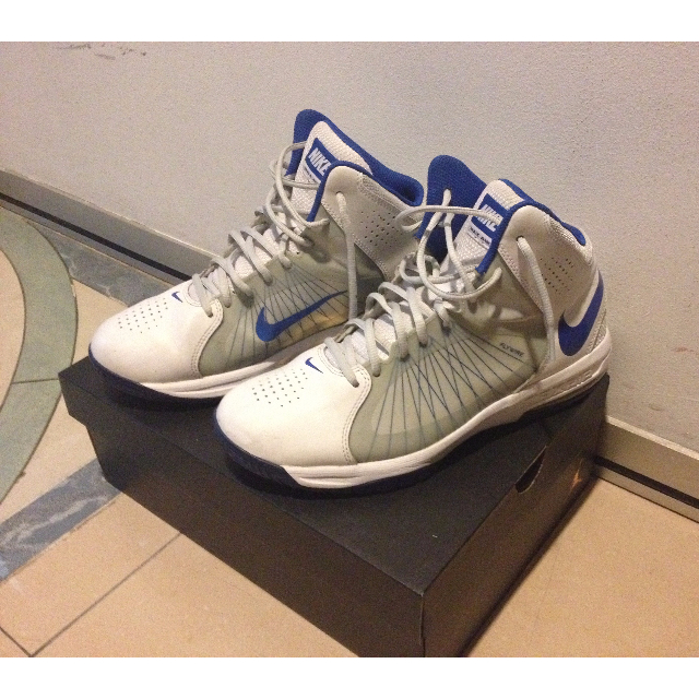 pretty nice 388e2 e39f8 Nike Air Max Actualizer II 2 White Blue Flywire (box not included), Sports  on Carousell